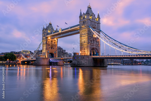 Fotobehang Londen Tower Bridge in London, UK, in sunrise morning light
