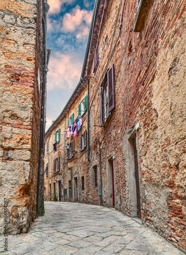 Volterra, Pisa, Tuscany, Italy: alley in the old town