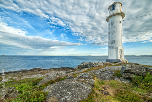 Fotobehang Vuurtoren Swedish lighthouse in morning light