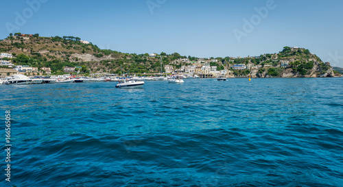 Foto op Plexiglas Tropical strand Italian coastline with boats in Summer
