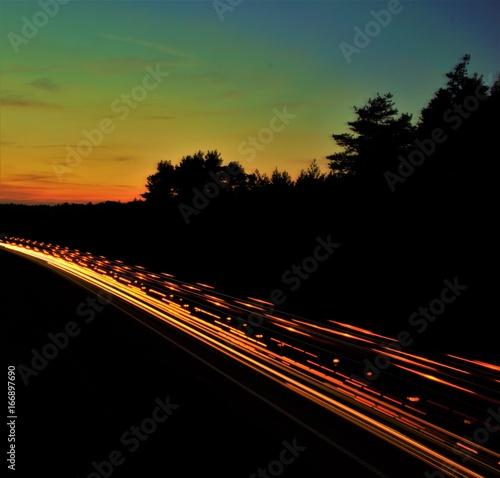 Foto op Aluminium Nacht snelweg światła samochodów nocą