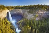 Fototapety Helmcken Falls in Wells Gray Provincial Park, BC, Canada
