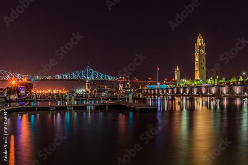 In de dag Canada Montreal old port