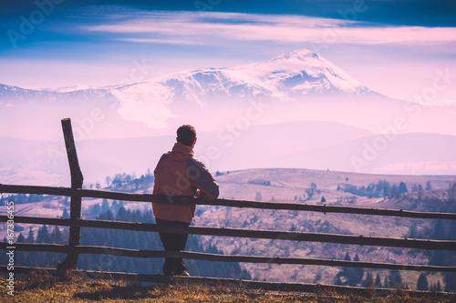 Poster Lichtroze Hiker enjoy mountains. Instagram stylization