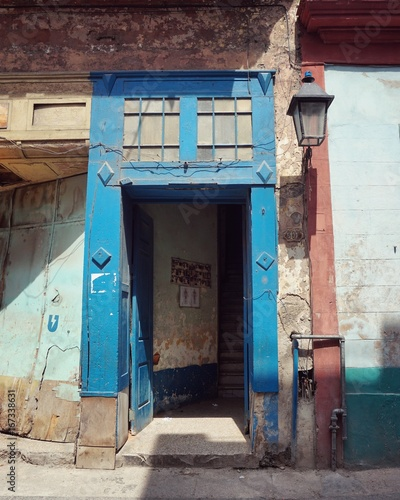 Hauseingang, Tür auf Kuba