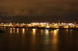 Der wunderschöne Hafen in Hamburg bei Nacht