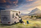Urlaub mit dem Wohnwagen in der Natur - 167448630
