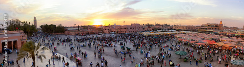 Spoed canvasdoek 2cm dik Marokko Panorama view of the Djemaa El Fna square in Marrakesh city during sunset. Marrakech, Morocco