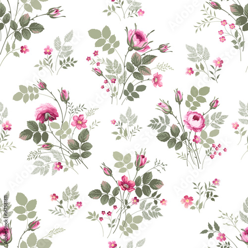 seamless-floral-pattern-vith-rose-bouquet-on-white-background
