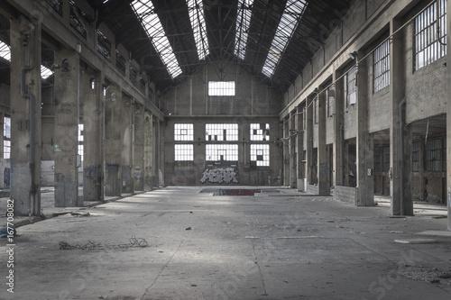 Fotobehang Oude verlaten gebouwen l'usine