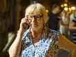 woman using smartphon
