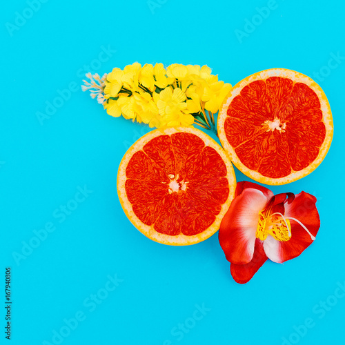 Grapefruit and Mixed Flowers Minimal art. Design - 167940806