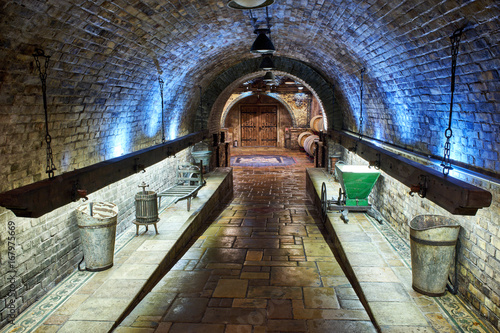 Old, big wine cellar © steevy84