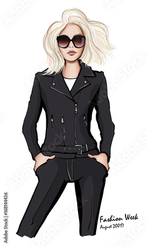 Aluminium Art Studio Attractive woman wearing leather jacket and sunglasses