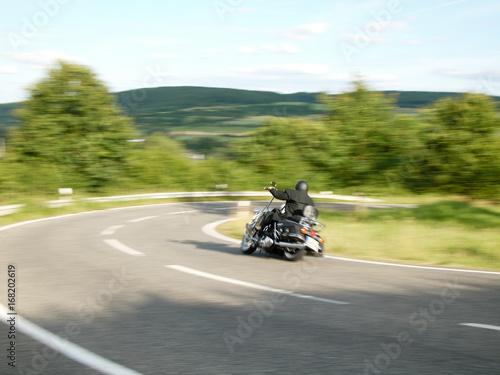 Fahrendes Motorrad