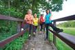 Training - Vitalität, Frauen Walking Gruppe