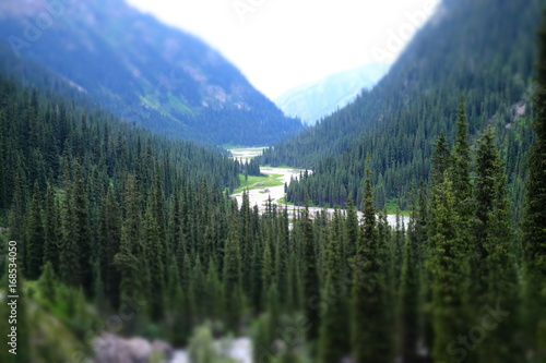 Aluminium Groen blauw Panorama of a beautiful mountain valley