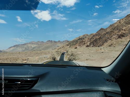 Papiers peints Route 66 Wüste, Strasse und Oldtimer