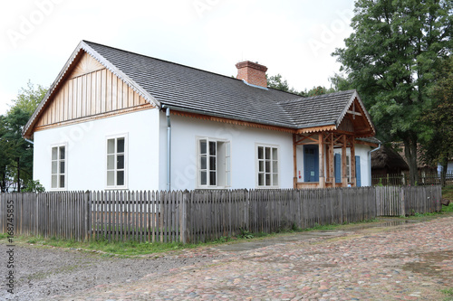 Leinwanddruck Bild Bauernhof in Polen