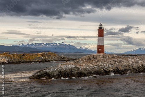 Fotobehang Vuurtoren Lighthouse in the End of the World, Ushuaia, Patagonia, Argentiina
