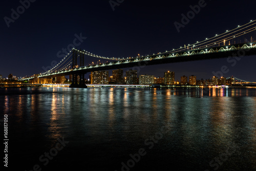 Papiers peints New York Manhattan Bridge by Night