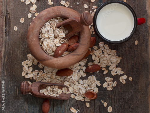 cereals with almonds
