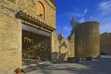 Palau Sator pueblo mediabal en Girona Cataluña España, simbología de su antigüedad