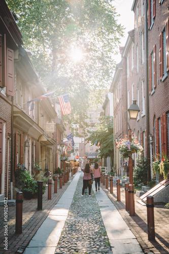Fotobehang Smalle straatjes Elfreth's Alley 1
