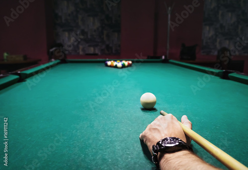 Staande foto Billiard time Table, balls and cue