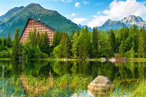 Foto op Plexiglas Bergen Mountain lake (Strbske Pleso) in High Tatras National Park, Slovakia