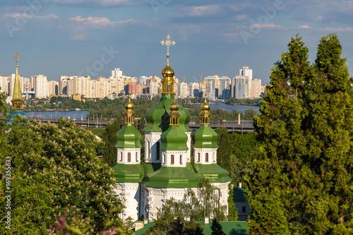 Fotobehang Kiev Kiev and Vydubychi Monastery