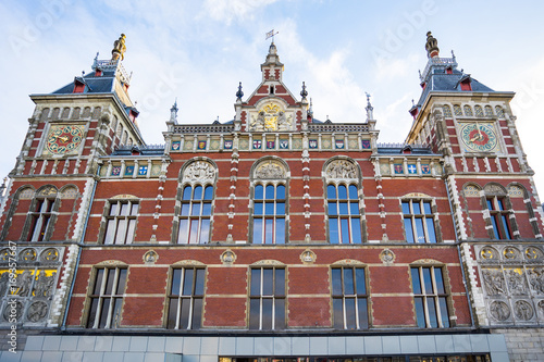 Papiers peints Amsterdam Amsterdam Centraal train station in Amsterdam, Netherlands.
