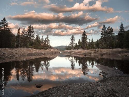 Papiers peints Noir sunrise by the lake 3