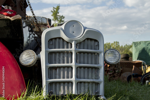 Antique Tractor Grill with Lights