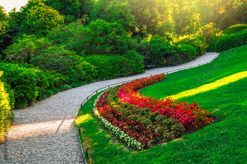 Foto op Canvas Groene Walkway in green park, villa Carlotta, Como lake, Italy. Nature landscape.