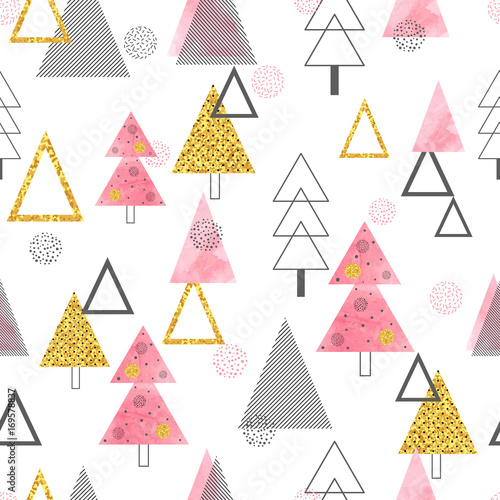 Seamless Christmas trees pattern in retro style. Vector holiday background