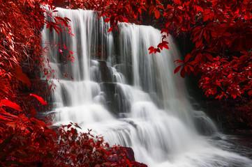 Man Daeng waterfall. © nirutft