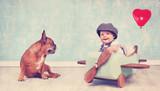Freunde - kleines Mädchen mit Hund