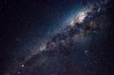 Longa exposição noturna da Via láctea,