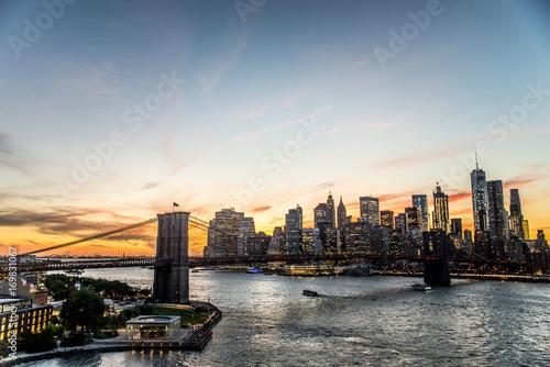 Foto op Canvas Brooklyn Bridge Manhattan skyline at sunset