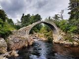 Carr Bridge, die älteste Steinbrücke Schottlands - 169846016