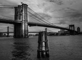 Brooklyn Bridge in black and white © Anders