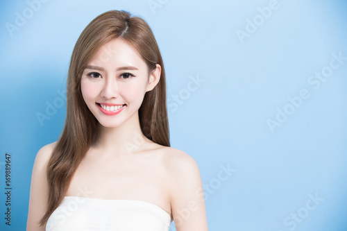beauty woman smile happily