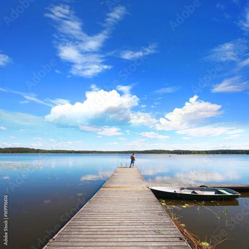 Fotobehang Pier Lac Lilaste en Lettonie - Lilastes ezers