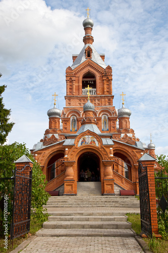 Fotobehang Moskou Cross-Exaltation Church in the village of Darna Istra district, Moscow region