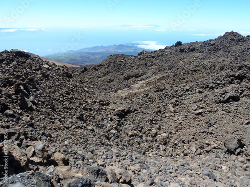 Fotobehang Donkergrijs View from El Teide over solidified lava at the ocean