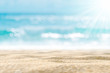 Quadro Blur tropical beach with bokeh sun light wave abstract background.
