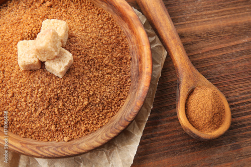 Fotobehang Kruiden 2 Composition with cinnamon sugar and powder on wooden background