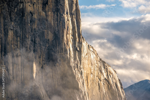 Papiers peints Gris traffic El Capitan rock in Yosemite National Park