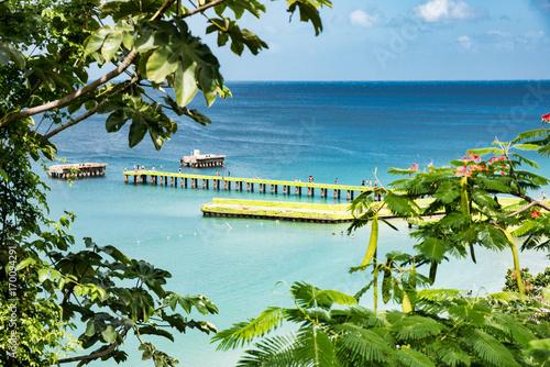 Fotobehang Tropical strand Crash Boat